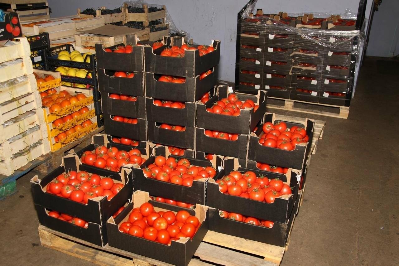 Более 700 килограмм запрещенных к ввозу овощей были обнаружены Пулковской таможней, фото-1