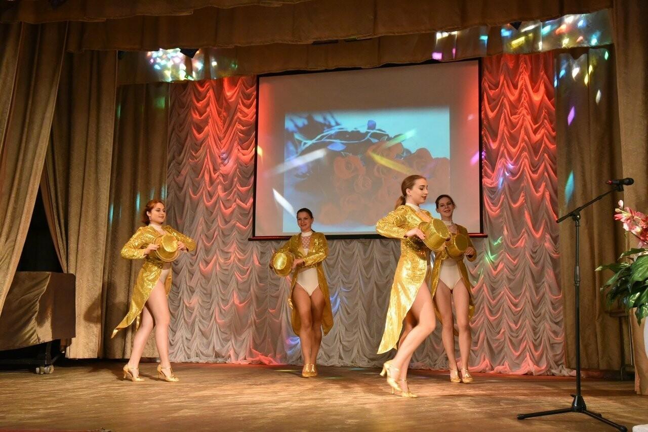 В Пушкинском доме культуры поздравили сотрудников службы уголовного розыска, фото-2